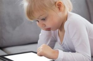 Children and technology: Protecting your child's eyes